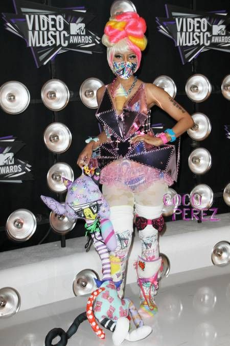 nicki-minaj-2011-mtv-vmas__opt_1.jpg